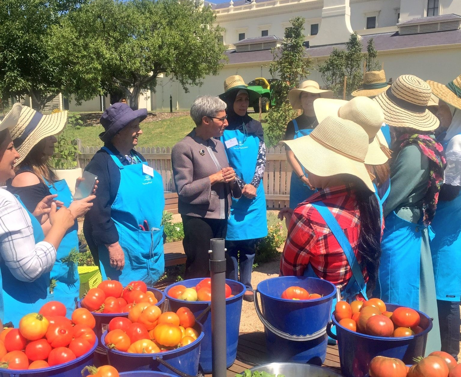 The Governor meeting Peace and Prosperity Kitchen Garden Program participants